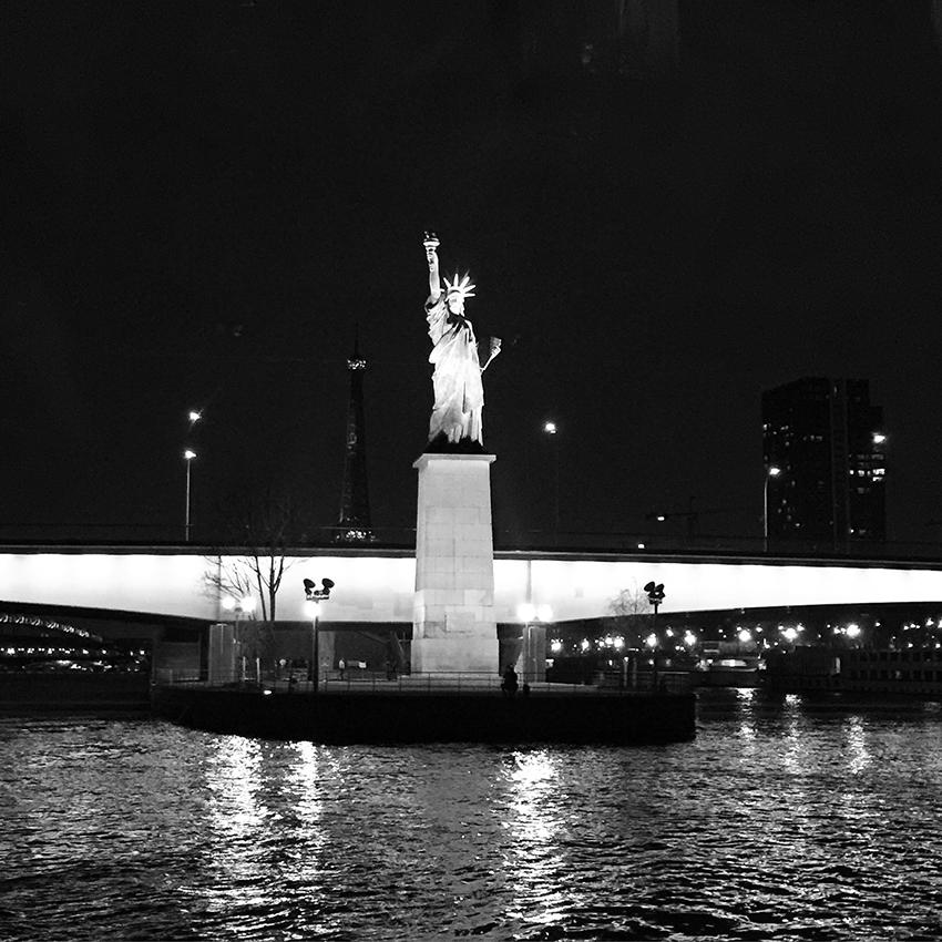 bateaux_parisiens2
